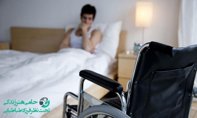افسردگی در بیماران ام اس | نشانه ها، راه های پیشگیری و درمان