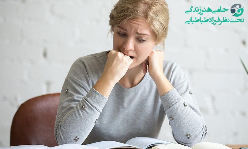 درمان خودخوری | تاثیرات، دلایل و راهکار هایی برای درمان