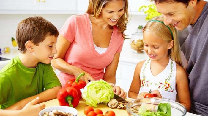 چگونه کودکان را تشویق کنیم