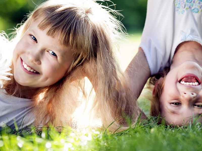 چرا باید کودک خود را تشویق کنید
