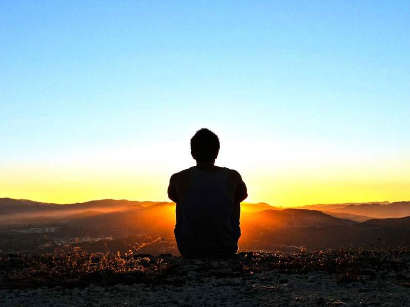 نشانه ها و علائم غم و اندوه تا راهکار هایی برای درمان