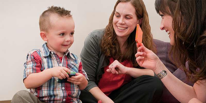 علائم و نشانه های اختلالات طیف اوتیسم (ASD) چست ؟
