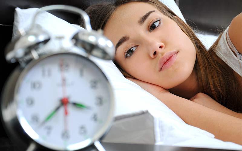 درمان بی خوابی و 5 راهکار ساده برای درمان بی خوابی