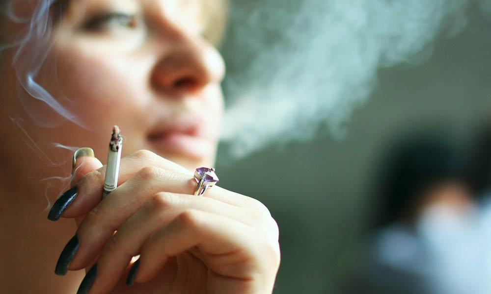 گرایش به سیگار | مهمترین عوامل و دلایل گرایش به سیگار