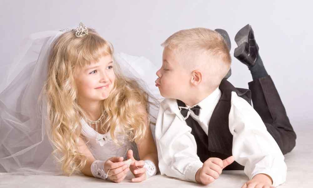 ازدواج زودهنگام | علل و پیامدهای ازدواج در سن پایین