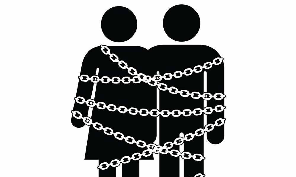 ازدواج اجباری | دلایل و پیامدهای ازدواج اجباری