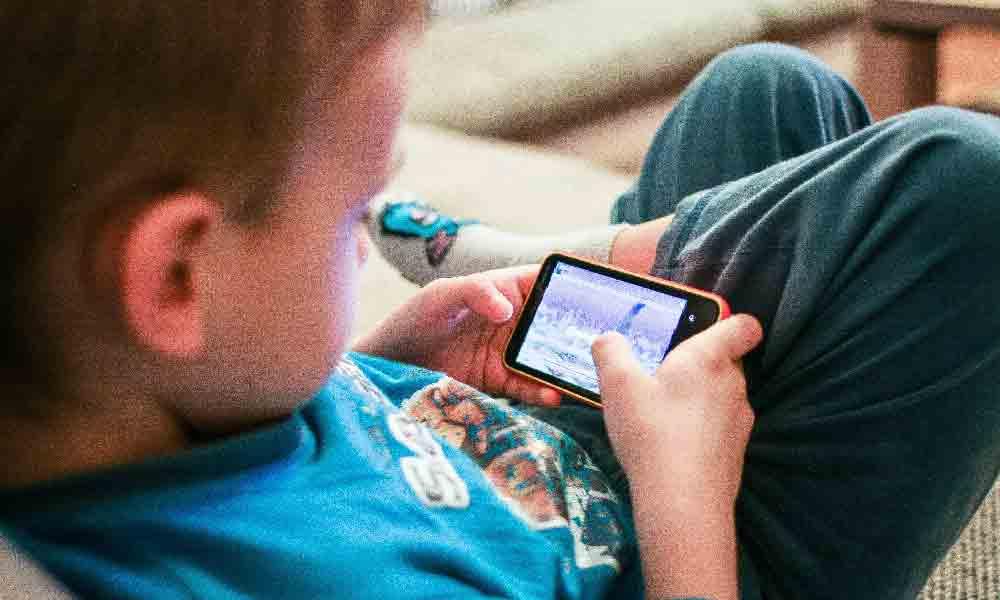 ضررهای موبایل برای کودکان