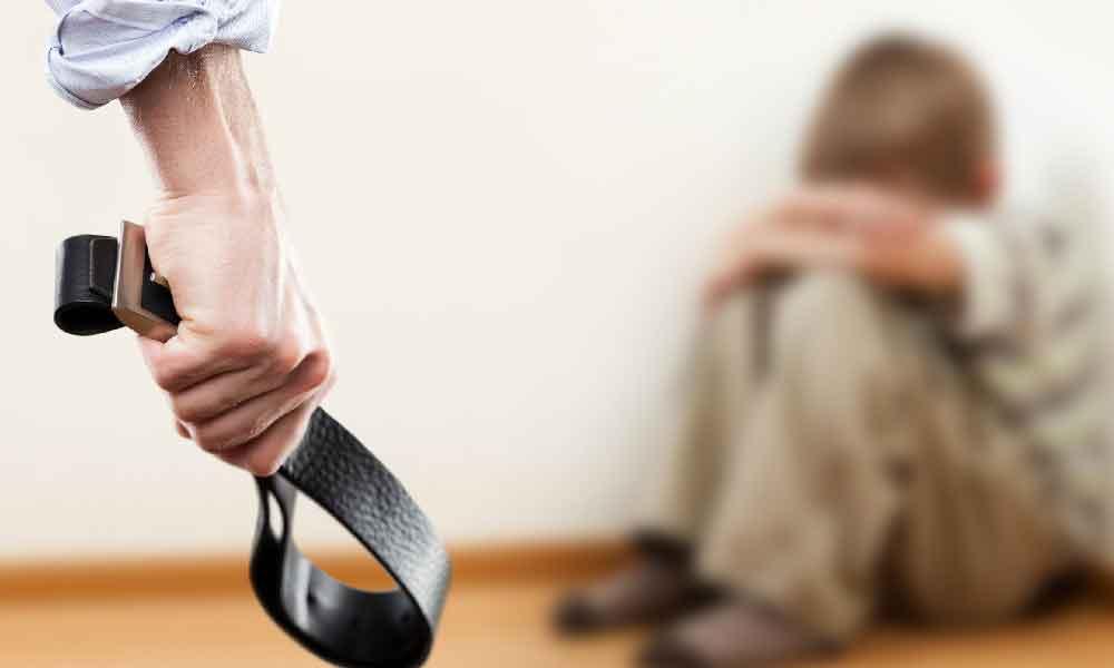 تنبیه بدنی | پیامدها و بهترین راه های جایگزین با تنبیه بدنی