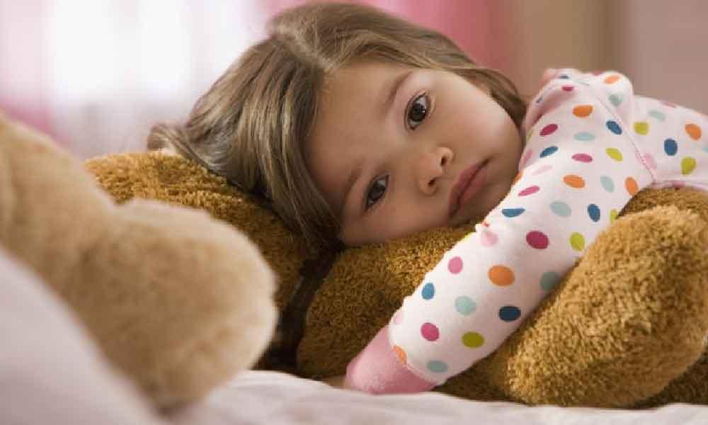 بی خوابی کودکان | علت و درمان بی خوابی کودکان چیست؟