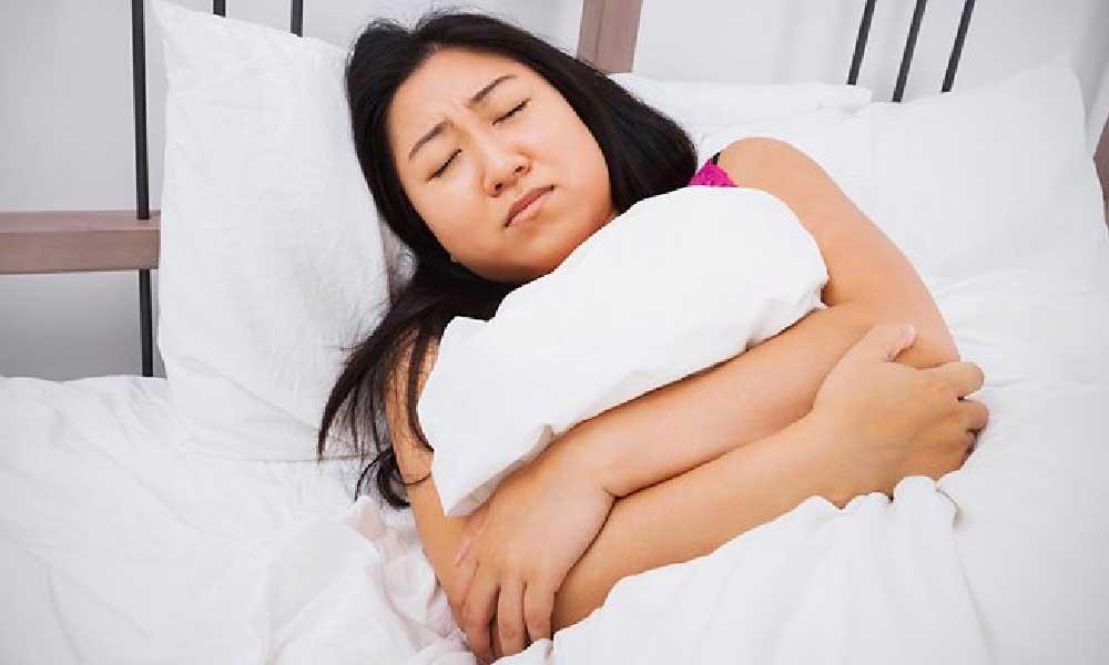 پریود دردناک | علت ها و نحوه درمان پریود دردناک
