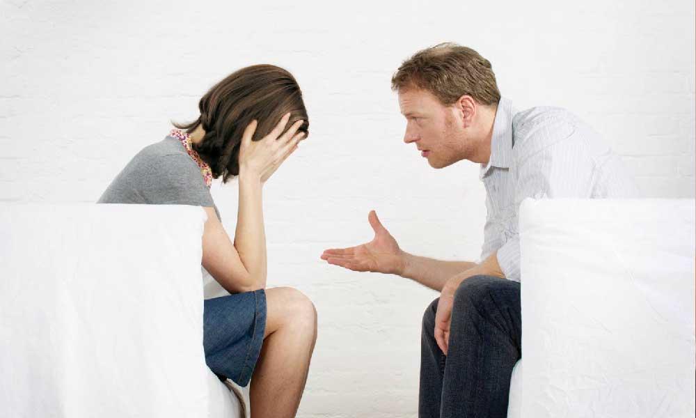 چگونه با گذشته همسرمان کنار بیاییم؟