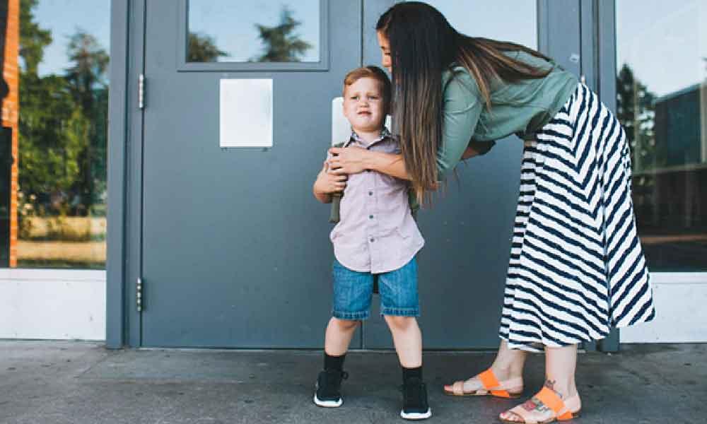علل و راه های مقابله با مدرسه نرفتن بچه ها