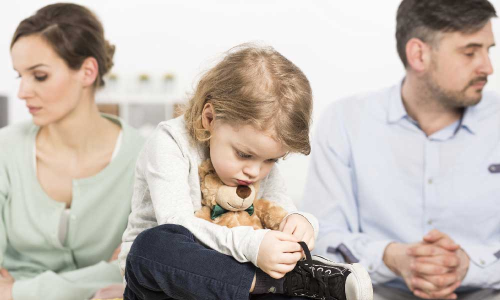 با کودکان طلاق چگونه برخورد کنیم؟