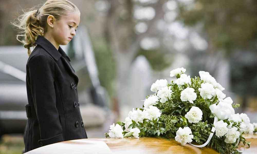 توضیح مفهوم مرگ برای کودک | بهترین پاسخ ها