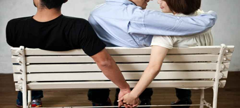 نفر سوم بودن در یک رابطه
