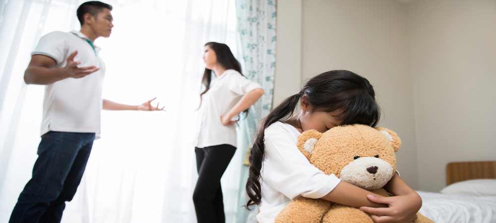 در مقابل دعوای پدر و مادر چه کنیم ؟
