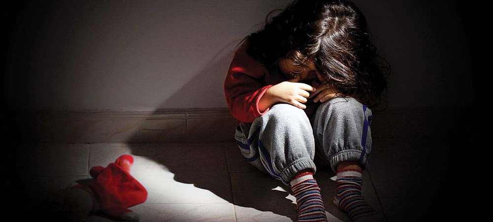علائم کودکانی که مورد کودک آزاری و آزار جنسی قرار گرفته اند