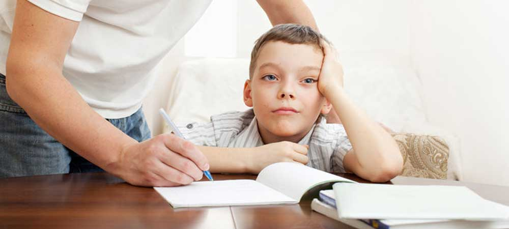 تصویر طلاق در ذهن کودک مدرسه ای و مشکلات پیش رو