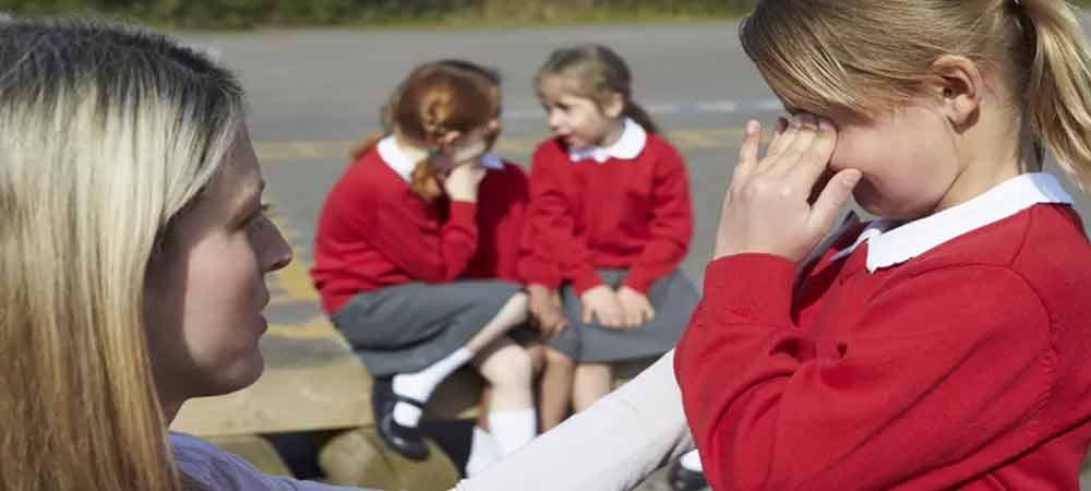 رفتار مربیان در مدرسه چگونه باید باشد