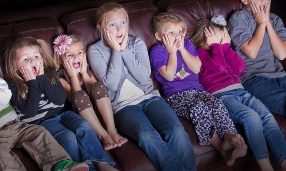 به کودکان فیلم ترسناک نشان ندهید