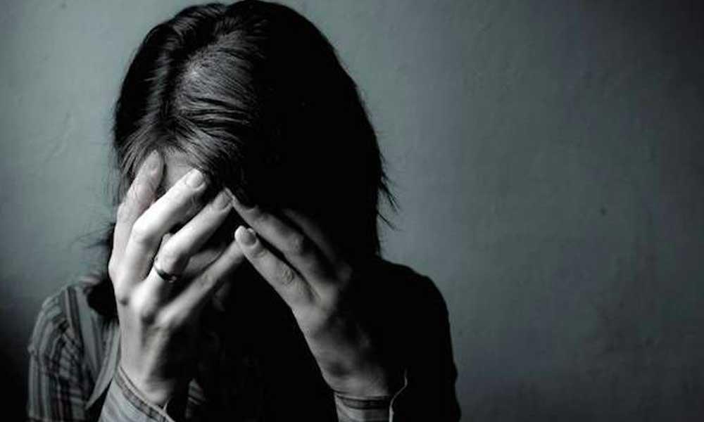 افسردگی مزمن | نشانه ها، علل و درمان افسردگی مزمن
