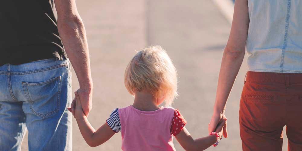 در زندگی فرزندانتان حضور داشته باشید