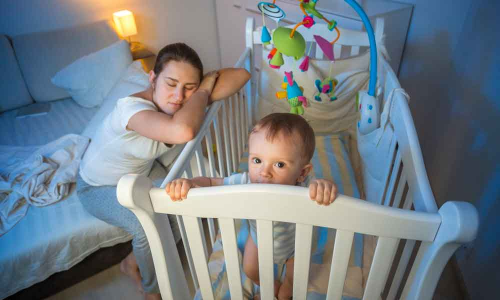 راه های درمان بی خوابی نوزادان