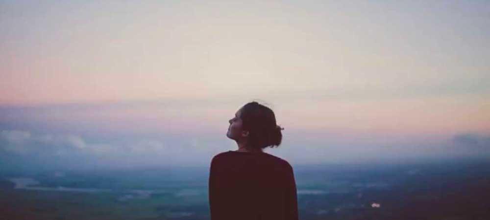 علائم عاطفی غم و اندوه