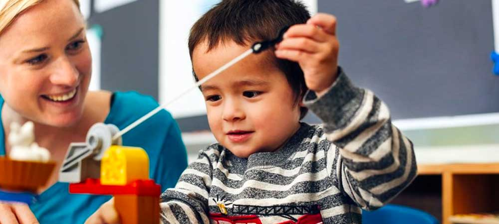 تمرکز بر جنبههای مثبت کودک