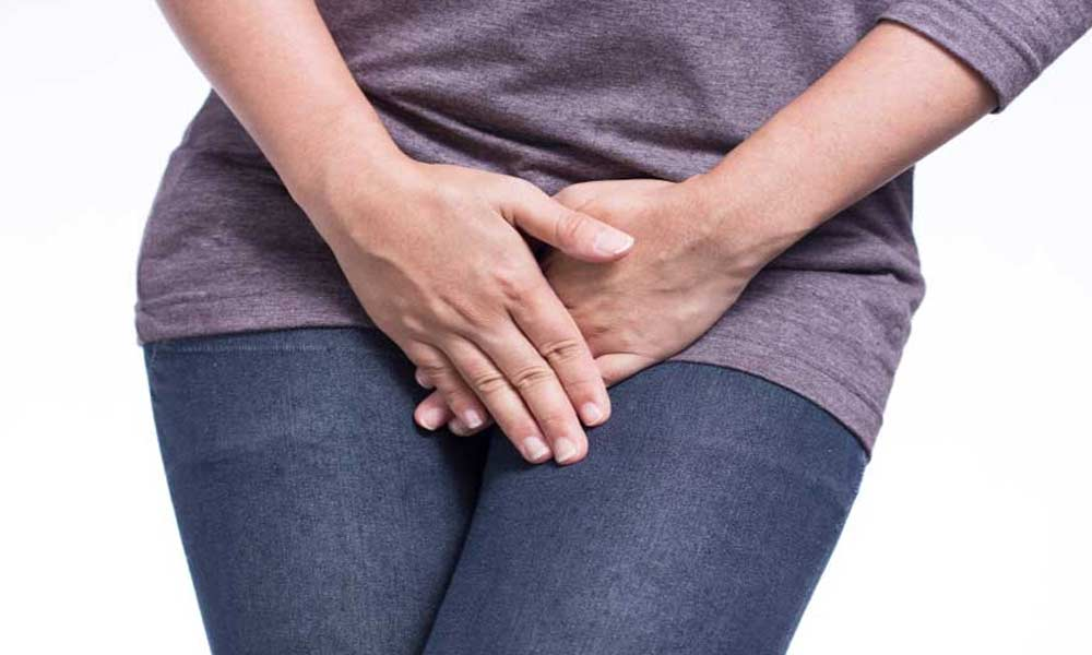 سوزش ادرار در زنان | علل و درمان سوزش ادرار در زنان