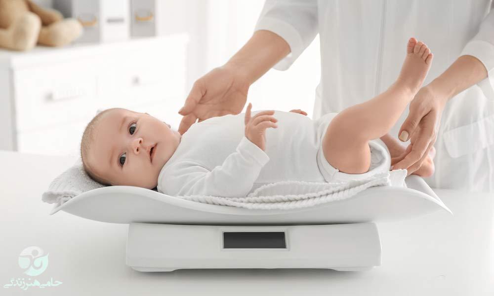 وزن گیری نوزاد | وزن گیری تا شش ماهگی نوزاد