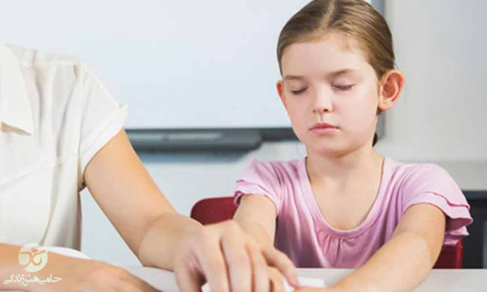 آموزش کودکان نابینا | ضرورت و اهمیت آموزش برای کودکان نابینا