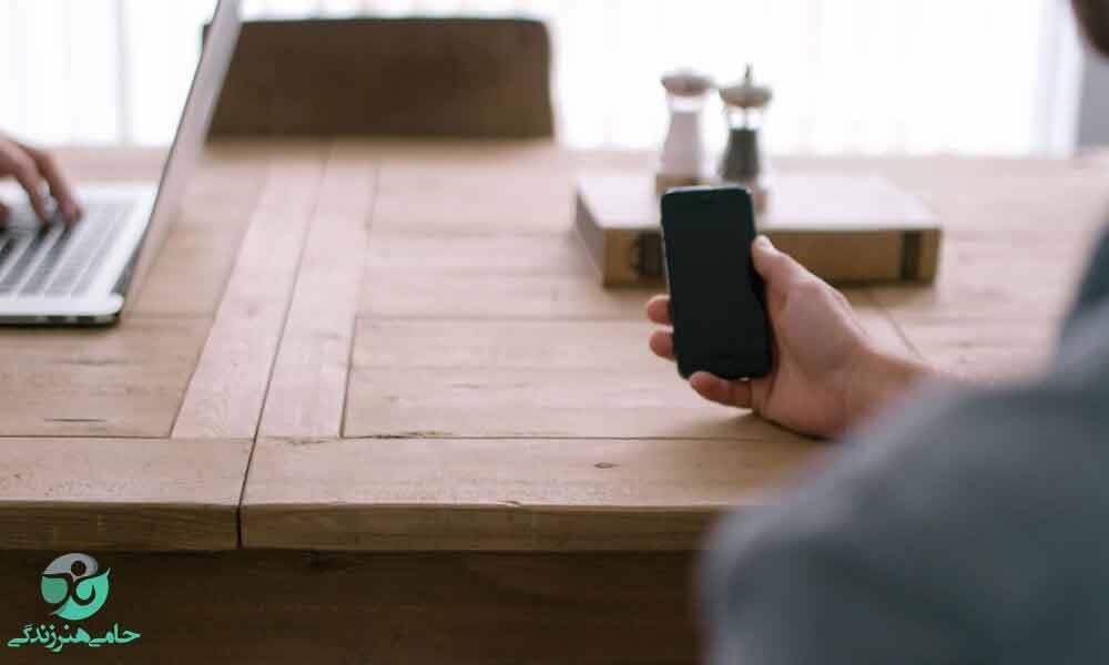 استفاده صحیح از تلفن همراه | آموزش مهارت های لازم برای استفاده درست