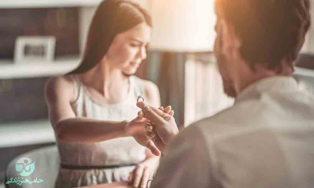 ترس از ازدواج در زنان | همه دلایل اصلی + راهحل