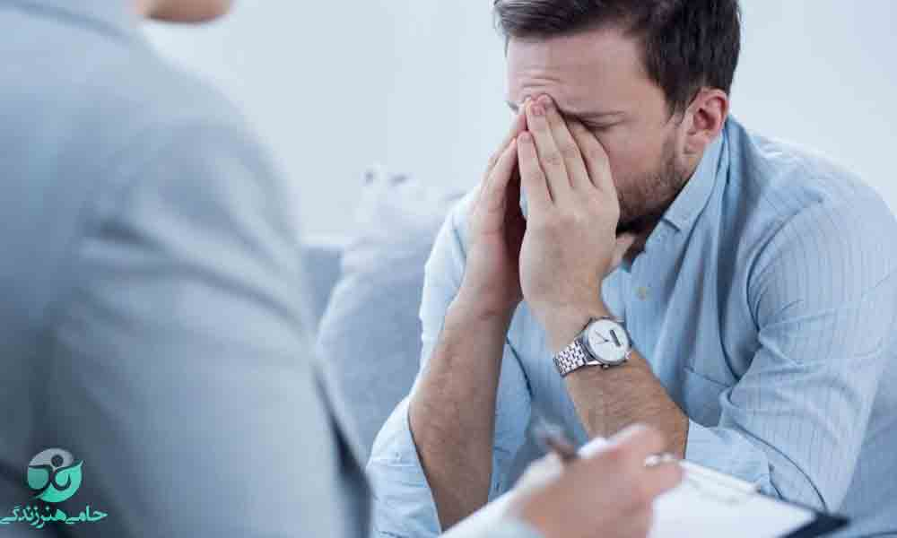 علت افسردگی | چه عواملی باعث افسردگی می شوند؟