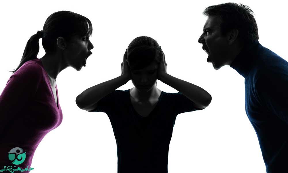 رفتار با پدر و مادر بد اخلاق | راهکارهایی برای نحوه رفتار با والدین بد