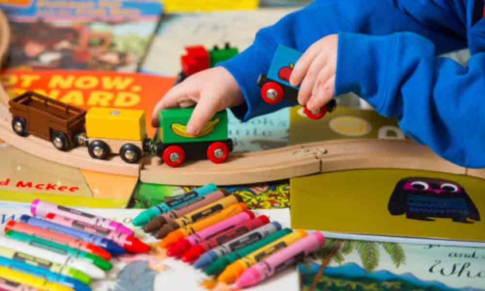اسباب بازی های مفید و مضر برای کودکان