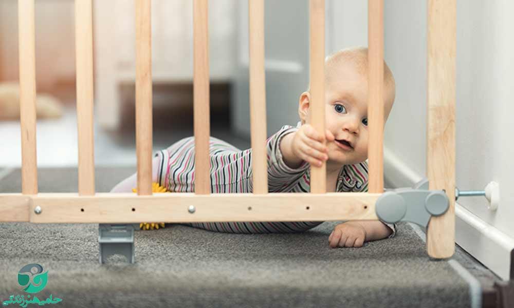 ایمنی نوزاد و کودک | معرفی وسایلی که به امنیت بیشتر فرزندتان کمک میکند