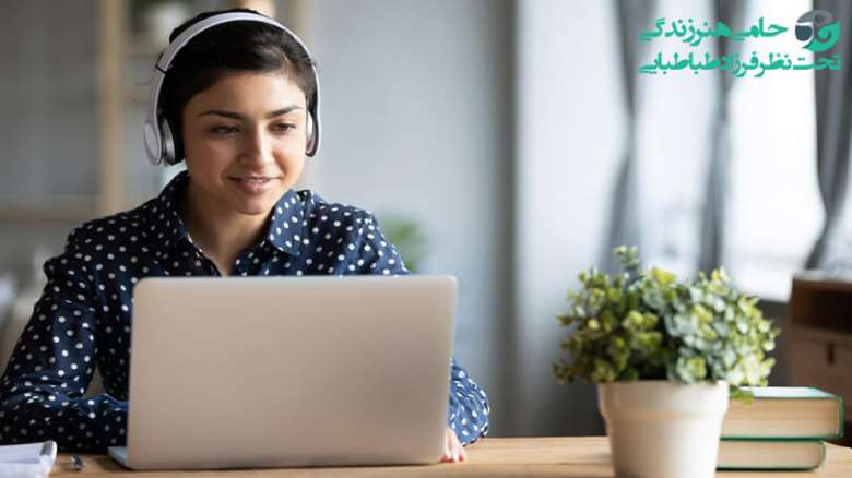بهتر شدن آموزش مجازی | راه های جذب دانش آموزان به کلاس های آنلاین