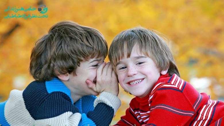 دلایل غیبت کردن کودکان و راه های جلوگیری از آن را بهتر بشناسید