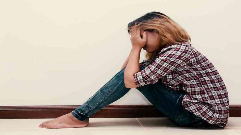 نشانه های حساسیت و زود رنجی چیست | علائم تا درمان