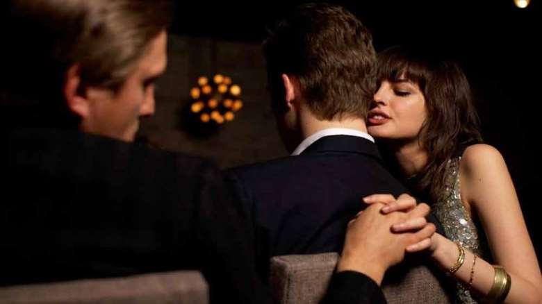 علل خیانت زنان | چرا زنان خیانت می کنند؟
