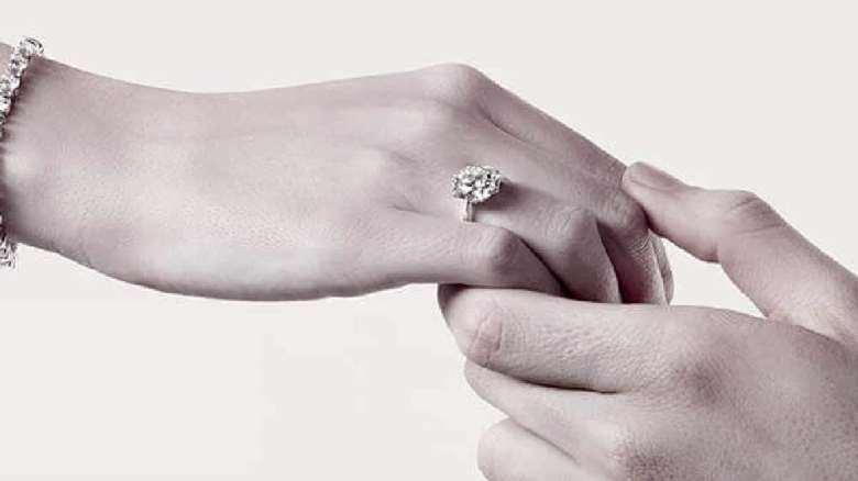 دوران نامزدی | چگونه در دوران نامزدی رفتار کنیم؟