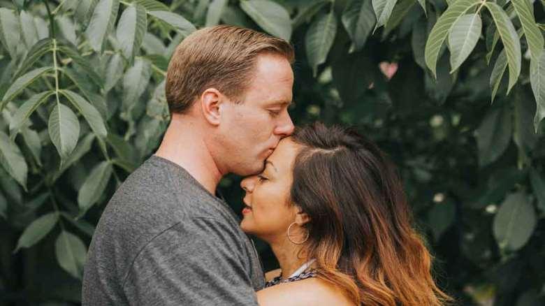 چگونه به همسر افسرده ام کمک کنم؟