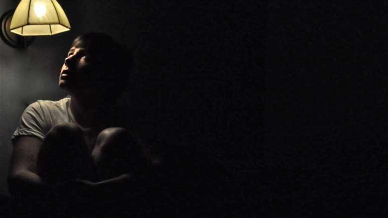 ترس از تاریکی | فوبیای تاریکی | علل، نشانه ها و درمان فوبی تاریکی