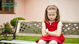 نحوه برخورد با کودک غرغرو | مدیریت صحیح کودک بهانه گیر