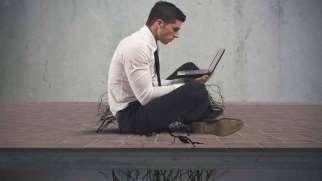 انواع اعتیاد به اینترنت | آشنایی با 5 نوع اعتیاد به اینترنت