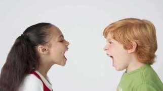 دعوای کودکان | رفتار درست والدین در دعوای کودکان