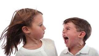 پرخاشگری کودکان زیر دو سال | علل و راهکارهای کاهش پرخاشگری کودکان
