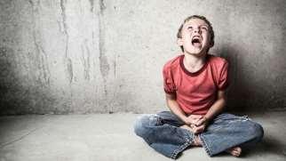 کنترل خشم در کودکان | نحوه مدیریت و کنترل عصبانیت در کودک